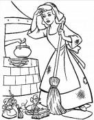 Cenicienta limpiando