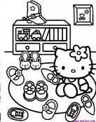 La colección de zapatos de Hello Kitty
