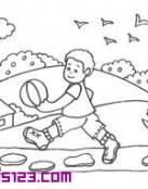 Niño jugando al fútbol
